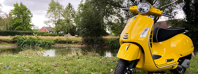 Vespa GTS Super 125 Review