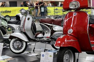 Red Lambretta and grey Lambretta at ScooterExpo